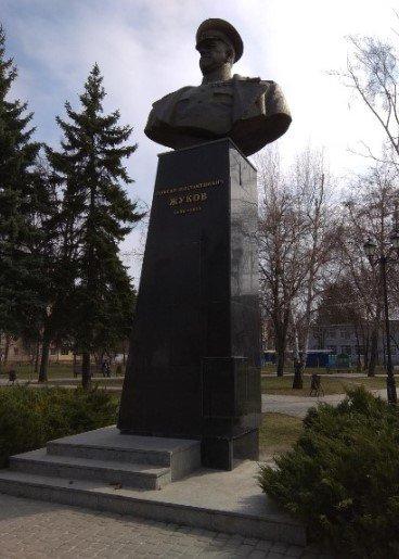 Закон о декоммунизации. Почему в Харькове не спешат сносить памятники и мемориальные доски коммунистам, - ФОТО, фото-2