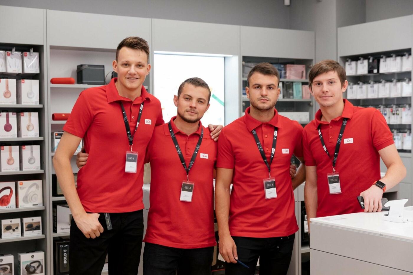 В Харькове открылся магазин iON Apple  Premium Reseller с секцией экспертов, фото-1