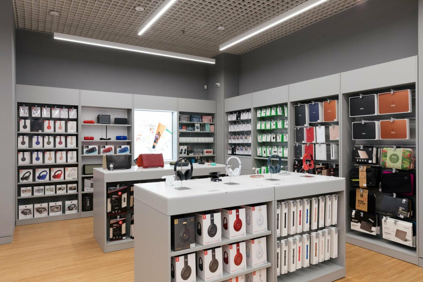 В Харькове открылся магазин iON Apple  Premium Reseller с секцией экспертов, фото-2