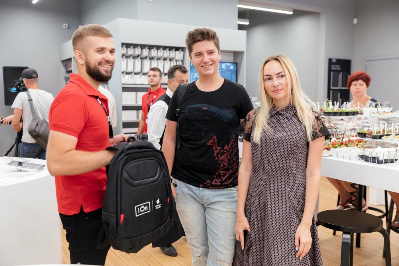 В Харькове открылся магазин iON Apple  Premium Reseller с секцией экспертов, фото-4