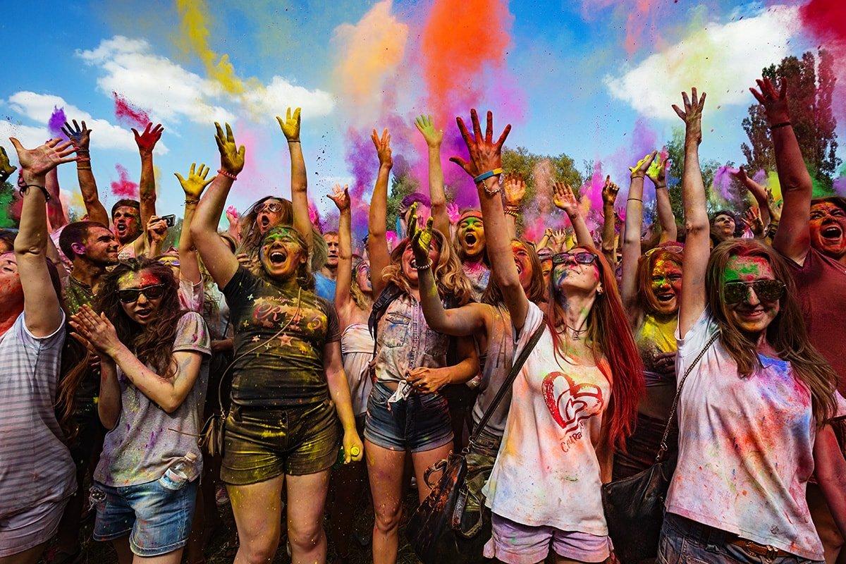 Фестиваль красок, шоу на воде и танцы: куда можно пойти на выходных в Харькове, - ФОТО, фото-1