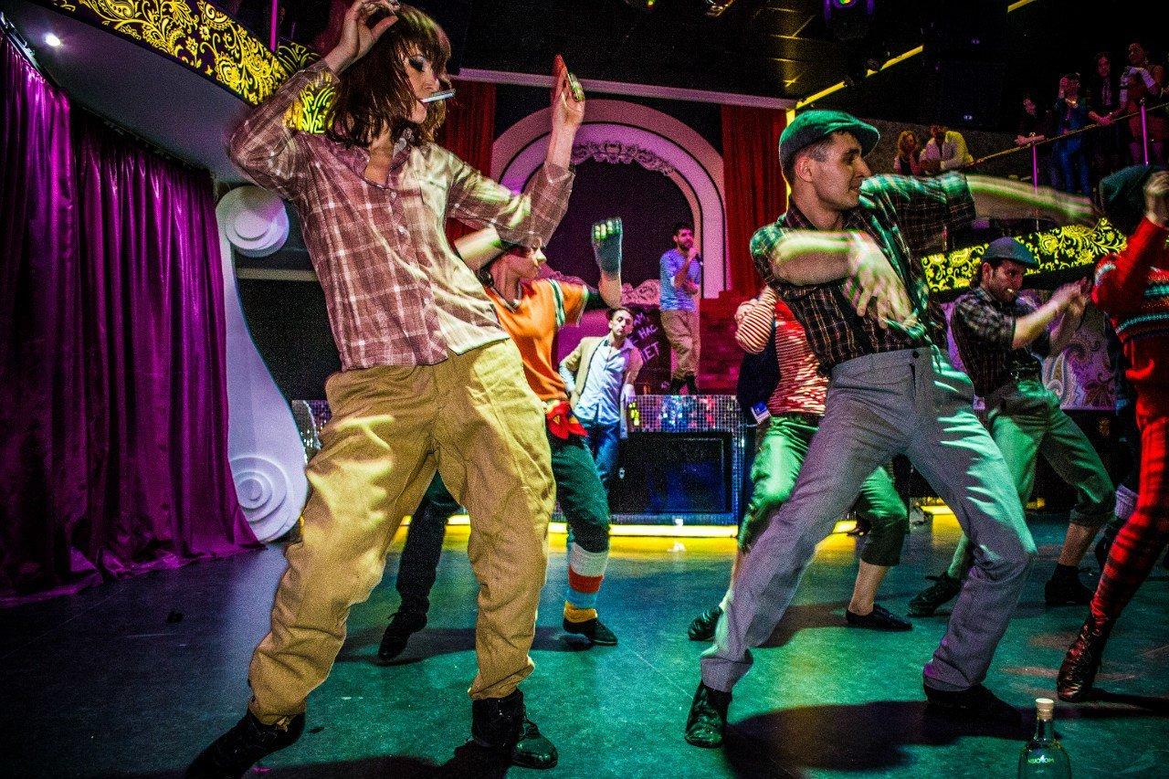 Фестиваль красок, шоу на воде и танцы: куда можно пойти на выходных в Харькове, - ФОТО, фото-4