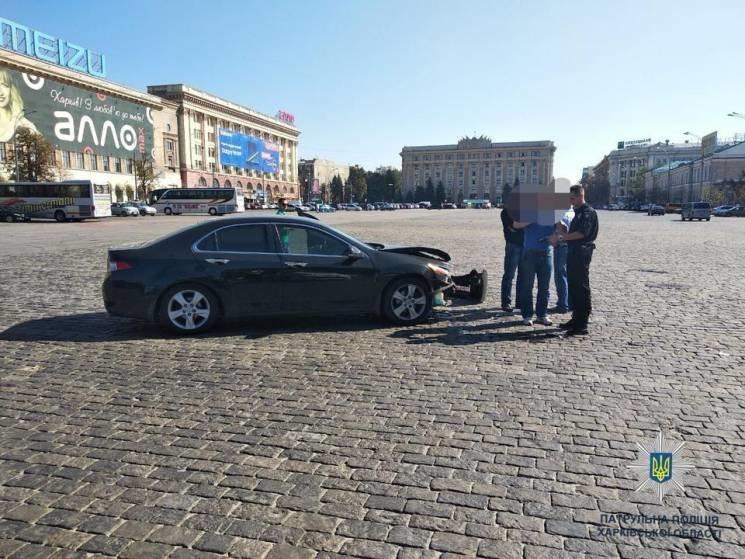 """На улице Сумская, 37-е столкнулись два автомобиля, """"Honda"""" и """"Audi"""". Вследствие ДТП никто не пострадал."""