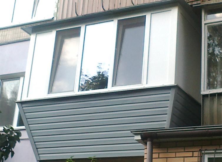 Оконное остекление балконов ремонт балконов черкассы
