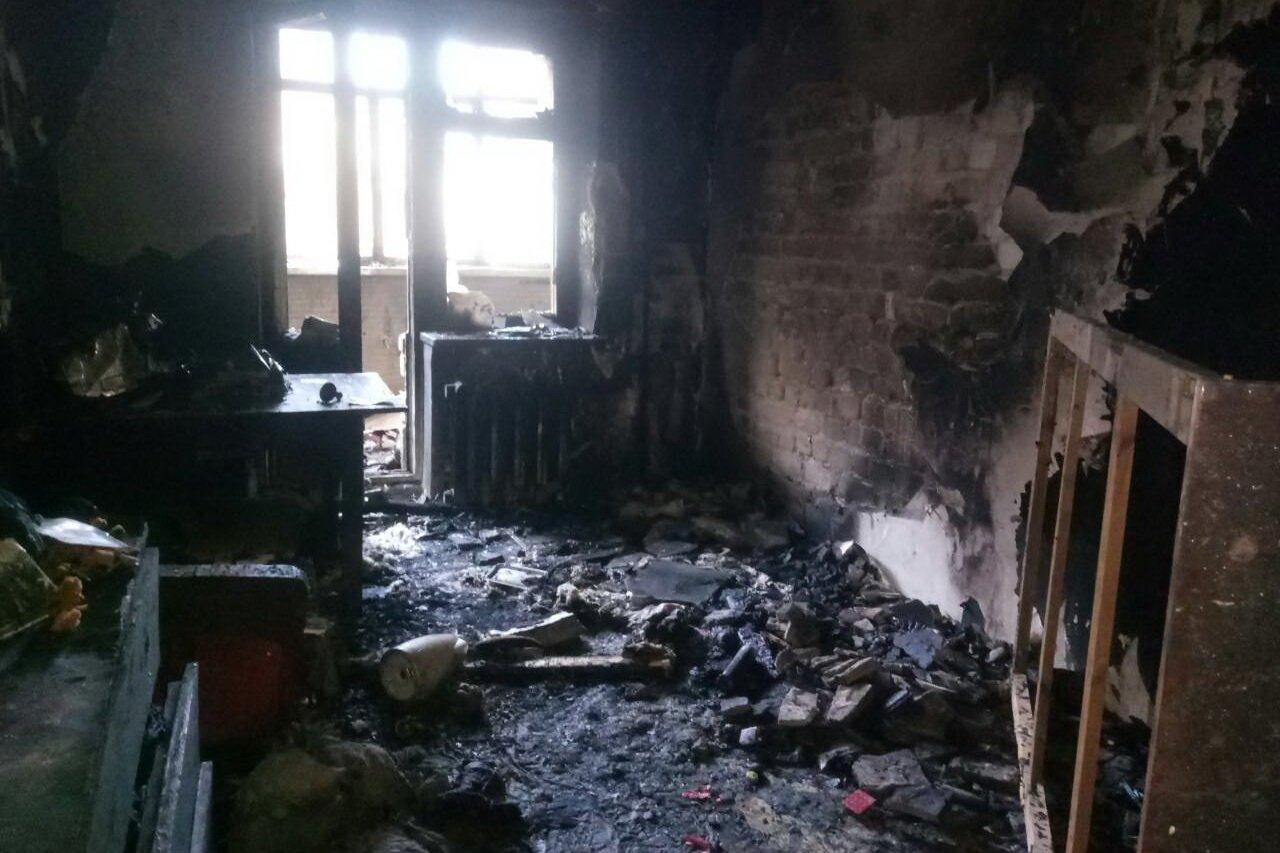 Пожар в многоэтажном доме под Харьковом. Спасатели эвакуировали 29 человек, - ФОТО , фото-3