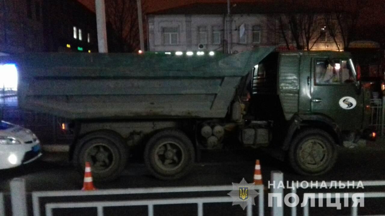 В Харькове грузовик сбил женщину на пешеходном переходе, - ФОТО, фото-2