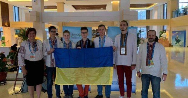 Харьковчанин получил «серебро» на олимпиаде в Китае, - ФОТО , фото-1