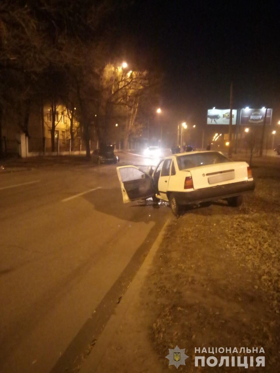 В Харькове «Opel» въехал в припаркованный «Lanos», есть пострадавшие, - ФОТО, фото-1