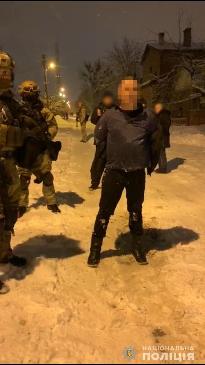 В Харькове пьяный мужчина открыл стрельбу во дворе частного дома, - ФОТО, фото-2