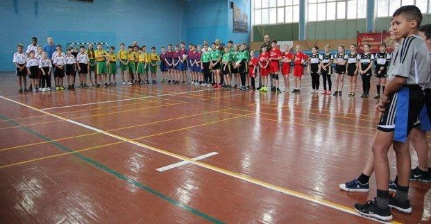 В Харькове прошел новогодний турнир по регби среди школьников, - ФОТО , фото-1