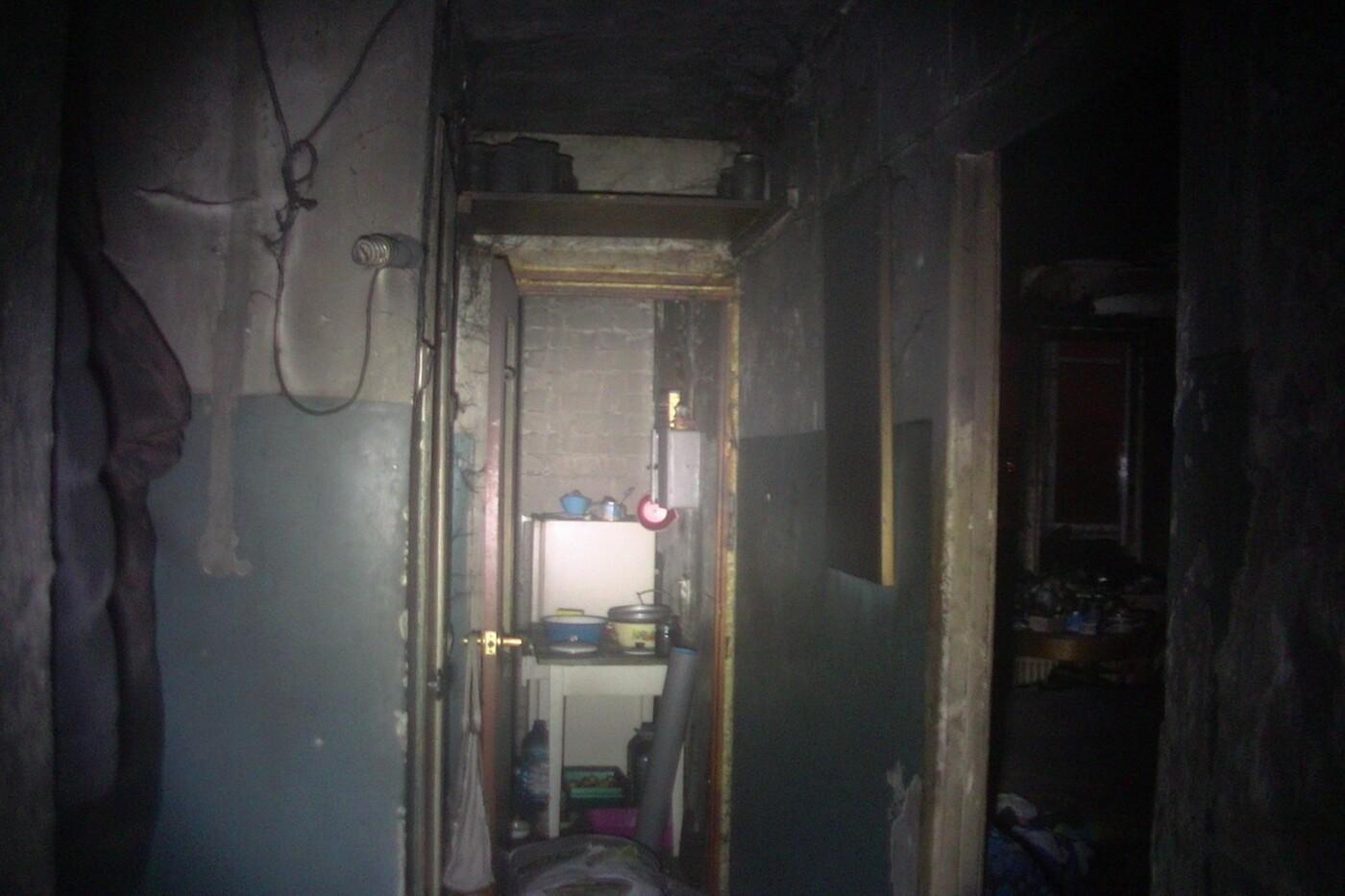 В Харькове загорелась многоэтажка. В пожаре погибла пенсионерка, - ФОТО, фото-1