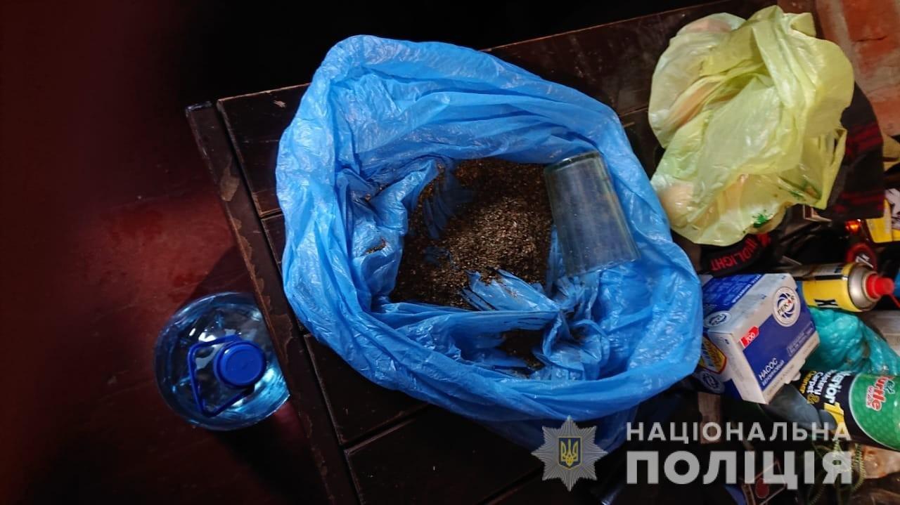 Более 100 килограмм конопли и гашиша. В Харькове «накрыли» наркогруппировку, - ФОТО, фото-5