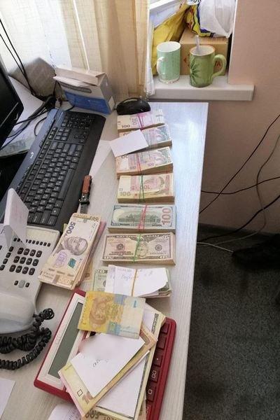 В Харькове медслужбы помогали фармацевтическим компаниям выигрывать тендеры за откаты, - ФОТО, фото-1