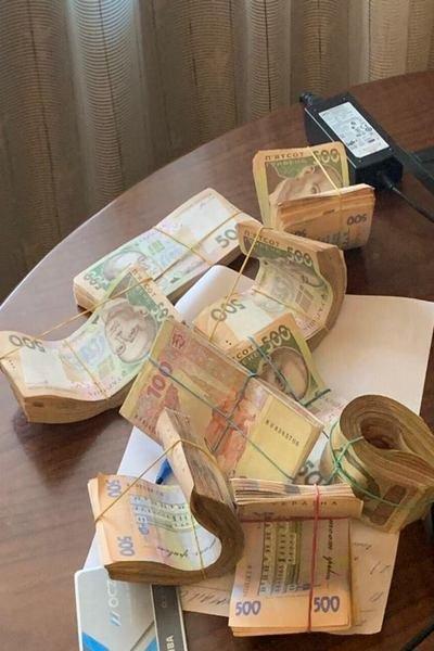 В Харькове медслужбы помогали фармацевтическим компаниям выигрывать тендеры за откаты, - ФОТО, фото-4