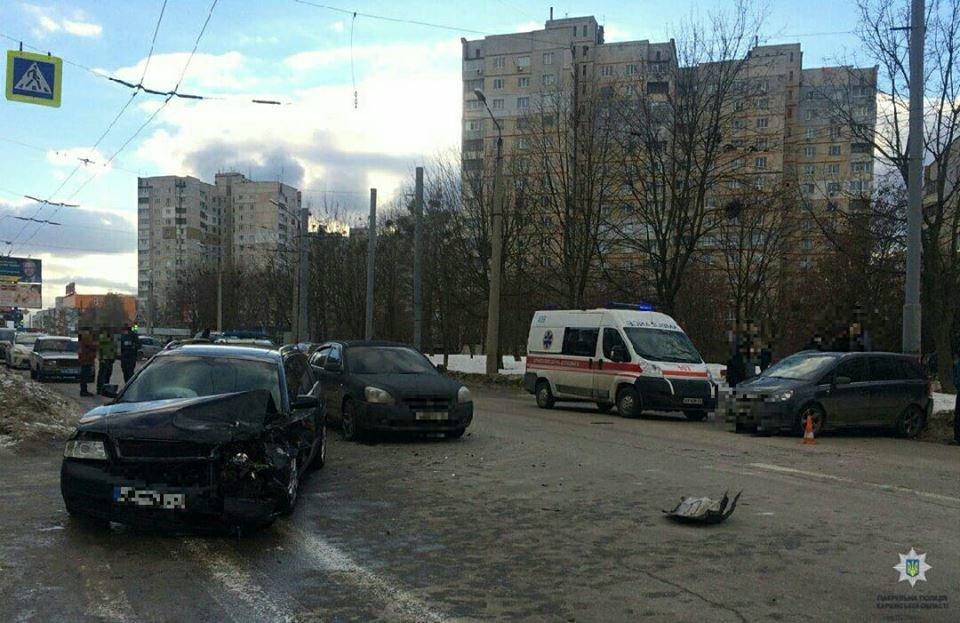 В Харькове грабители украли сумку с деньгами и при побеге попали в крупное ДТП, - ФОТО, фото-2