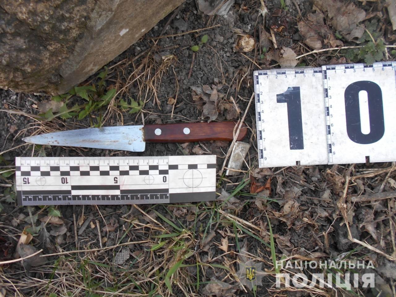 Порезал двух соседей: на Харьковщине мужчина с кухонным ножом напал на своих знакомых, - ФОТО, фото-2