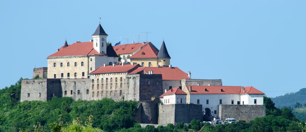 "Чешские замки, украинская ""Сахара"" и Говерла. Где харьковчане могут отдохнуть на майские праздники, - ФОТО, фото-14"