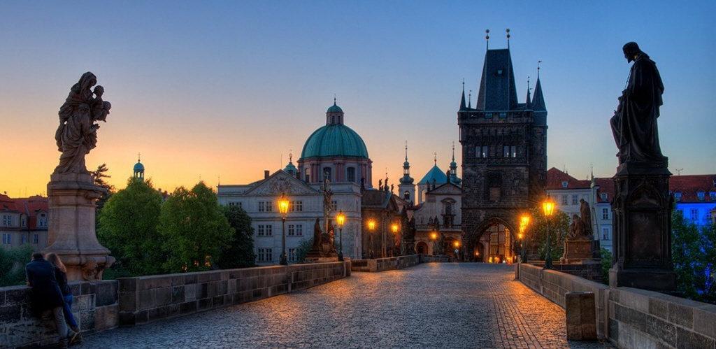 "Чешские замки, украинская ""Сахара"" и Говерла. Где харьковчане могут отдохнуть на майские праздники, - ФОТО, фото-1"