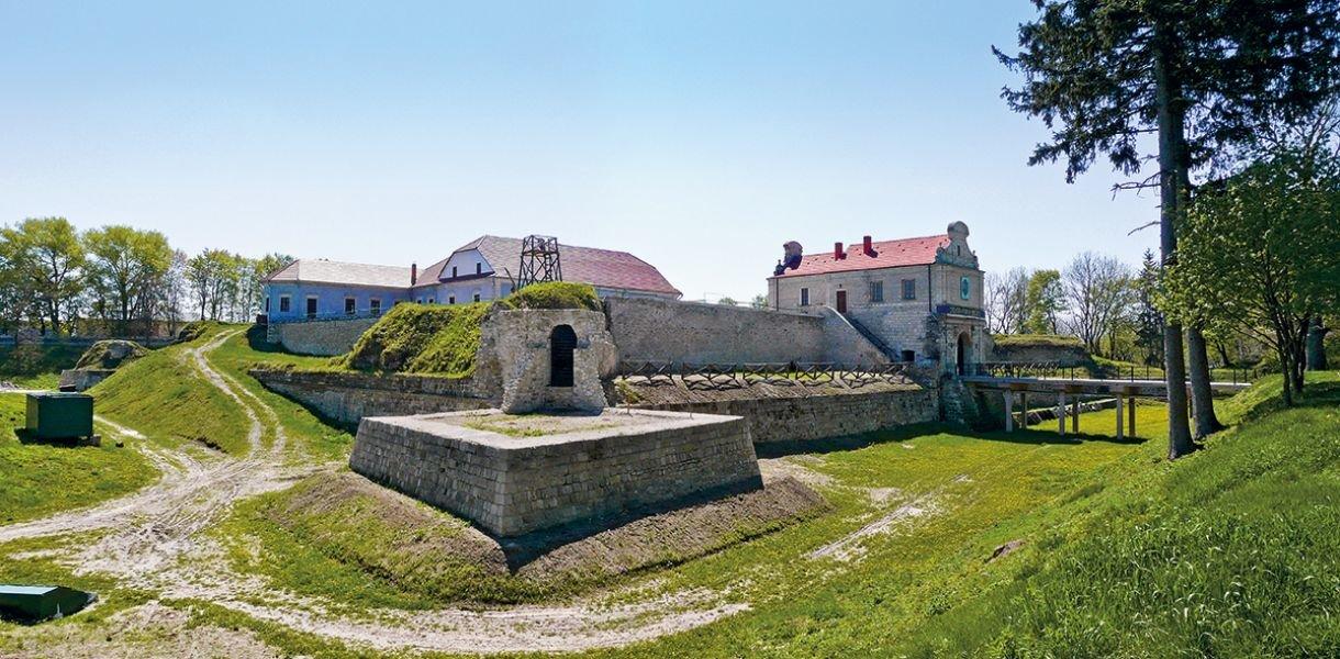"Чешские замки, украинская ""Сахара"" и Говерла. Где харьковчане могут отдохнуть на майские праздники, - ФОТО, фото-9"