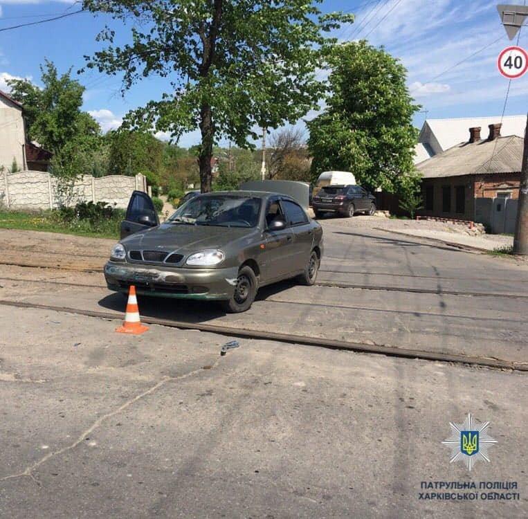 В Харькове столкнулись грузовик и две «легковушки»: есть пострадавший, - ФОТО, фото-3