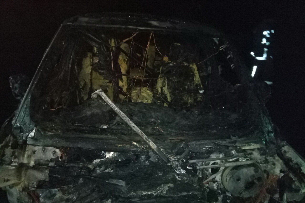 В Харькове подожгли «внедорожник» и «легковушку», - ФОТО, фото-2