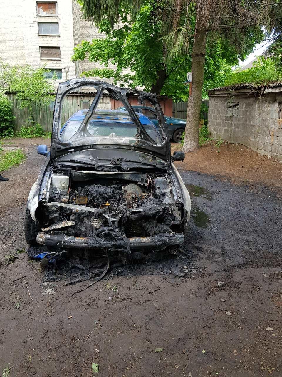 В Харькове подожгли «внедорожник» и «легковушку», - ФОТО, фото-3