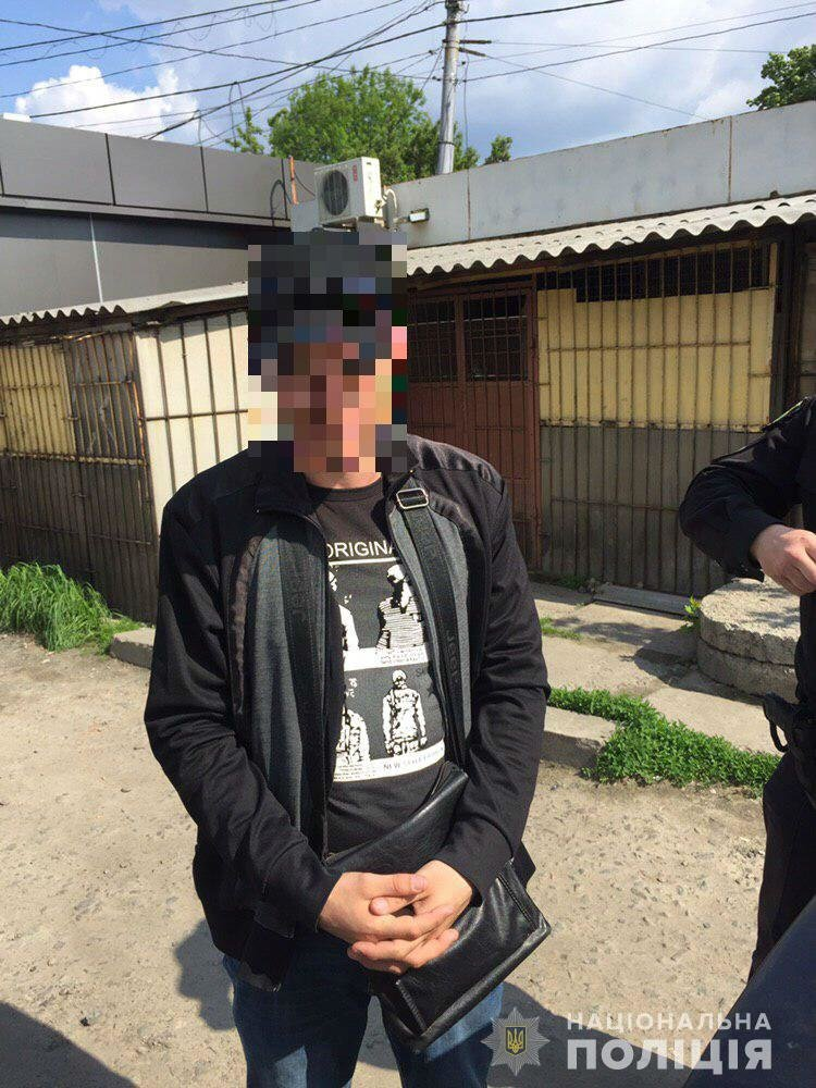В Харькове два рецидивиста обокрали авто и пытались сбежать на трамвае, - ФОТО, фото-3