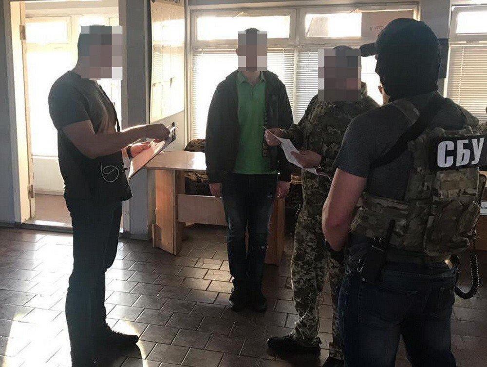 СБУ задержала харьковского чиновника, который требовал деньги от жителей оккупированных Россией территорий, - ФОТО, фото-5
