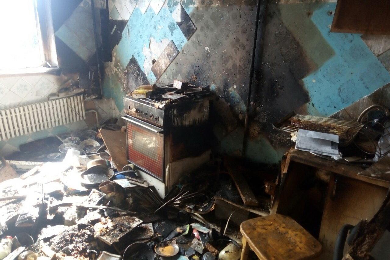 Оставил готовиться на плите еду и уснул: в Харькове погиб мужчина во время пожара, - ФОТО, фото-2
