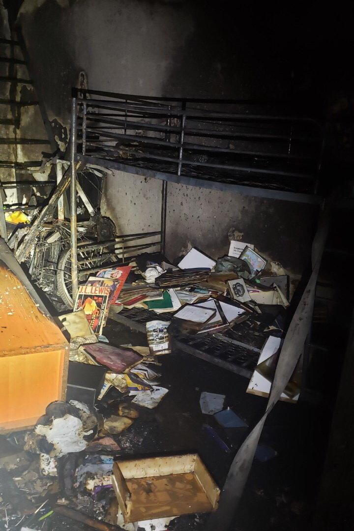 На Тракторостроителей горела квартира в «многоэтажке»: пожарные спасли пенсионерку, - ФОТО, фото-1