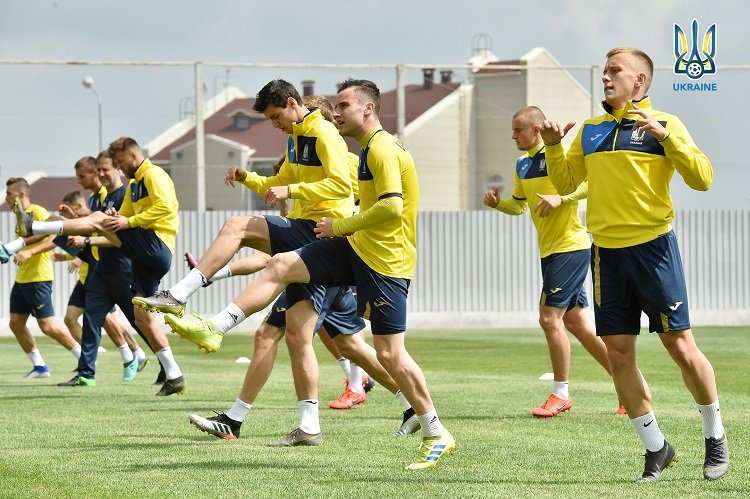 Сборная Украины по футболу провела тренировку в Харькове, - ФОТО, фото-6