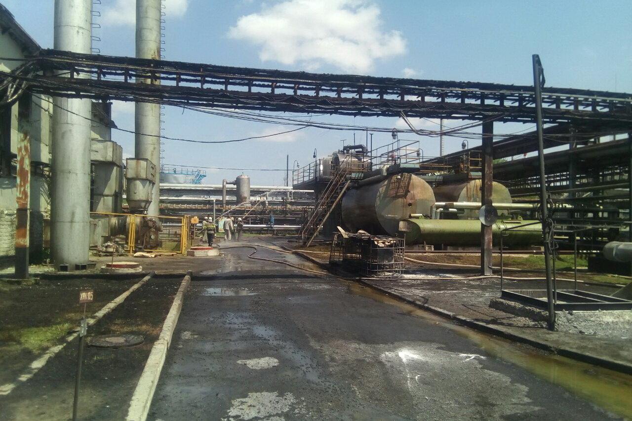 На Харьковщине горело предприятие по переработке нефти, - ФОТО, фото-1