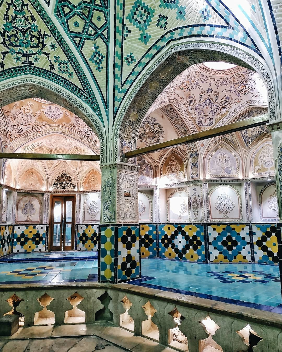Город роз, персидские дворцы и Медина. Как харьковчанка провела две недели в Иране и Марокко, - ФОТО, фото-7