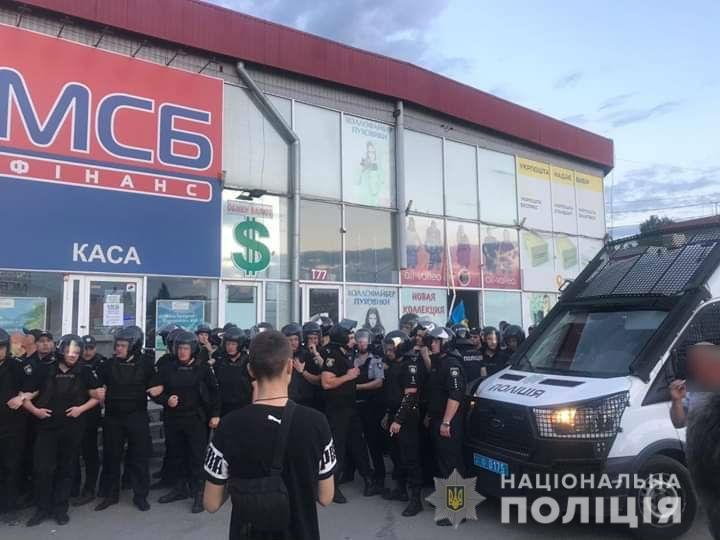 Конфликт на «Барабашово»: избит видеооператор одного из телеканалов, - ФОТО, фото-6