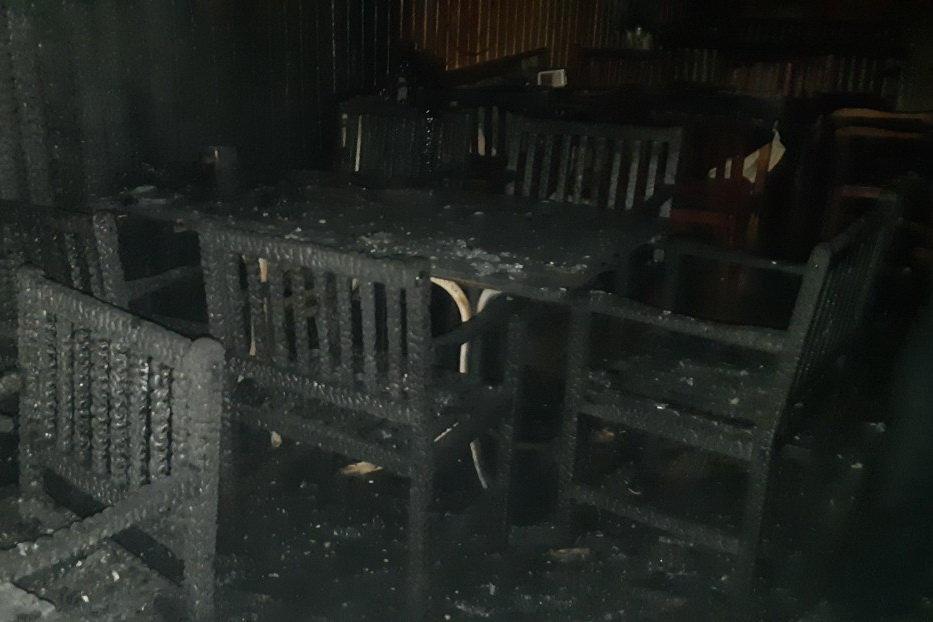 Под Харьковом из-за короткого замыкания горело кафе: работница заведения погибла, - ФОТО, фото-3