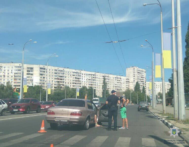 На Алексеевке «легковушка» сбила пешехода: мужчина в больнице, - ФОТО, фото-1