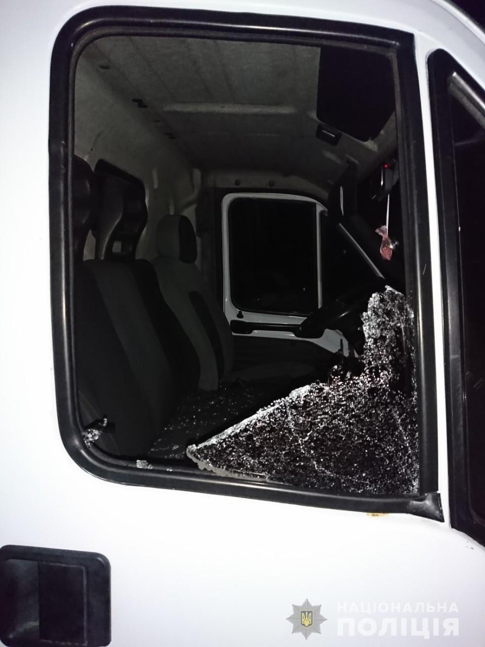 На Харьковщине горели две «легковушки» и микроавтобус, который подожгли неизвестные, - ФОТО, фото-4