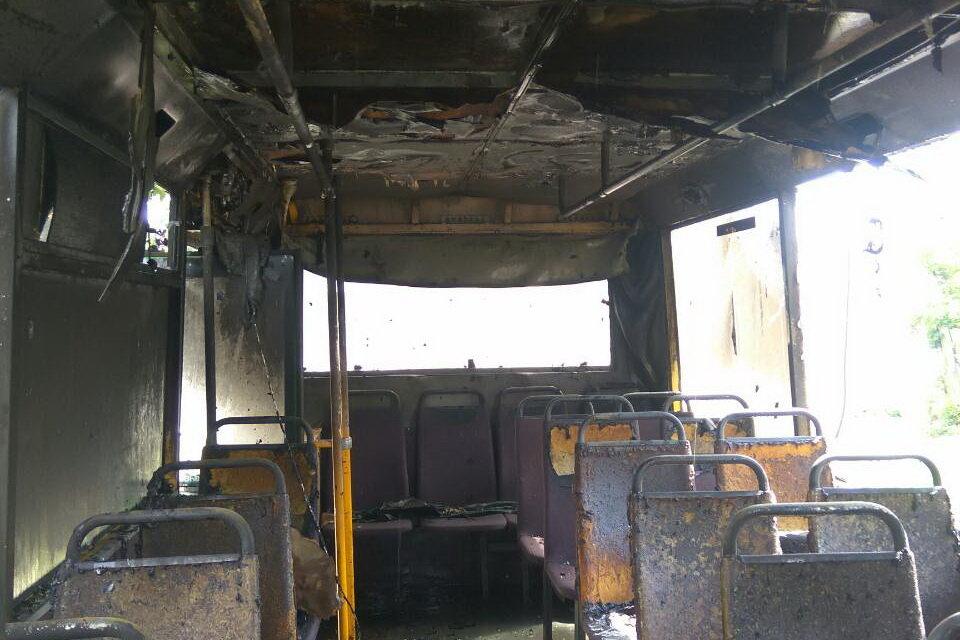 В Харькове на ходу загорелся автобус с пассажирами внутри, - ФОТО, ВИДЕО, фото-4
