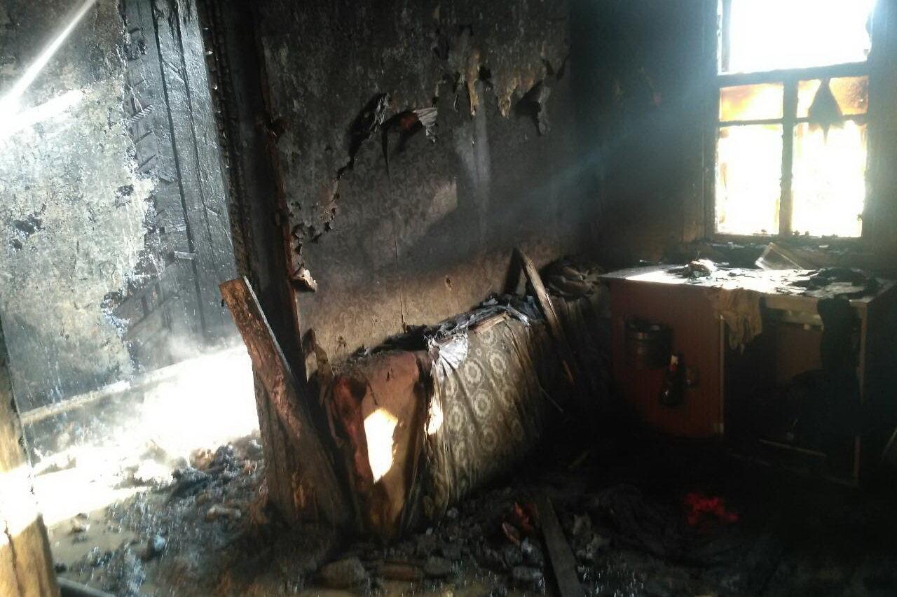 Под Харьковом загорелся частный дом: спасатели нашли труп женщины, - ФОТО, фото-3