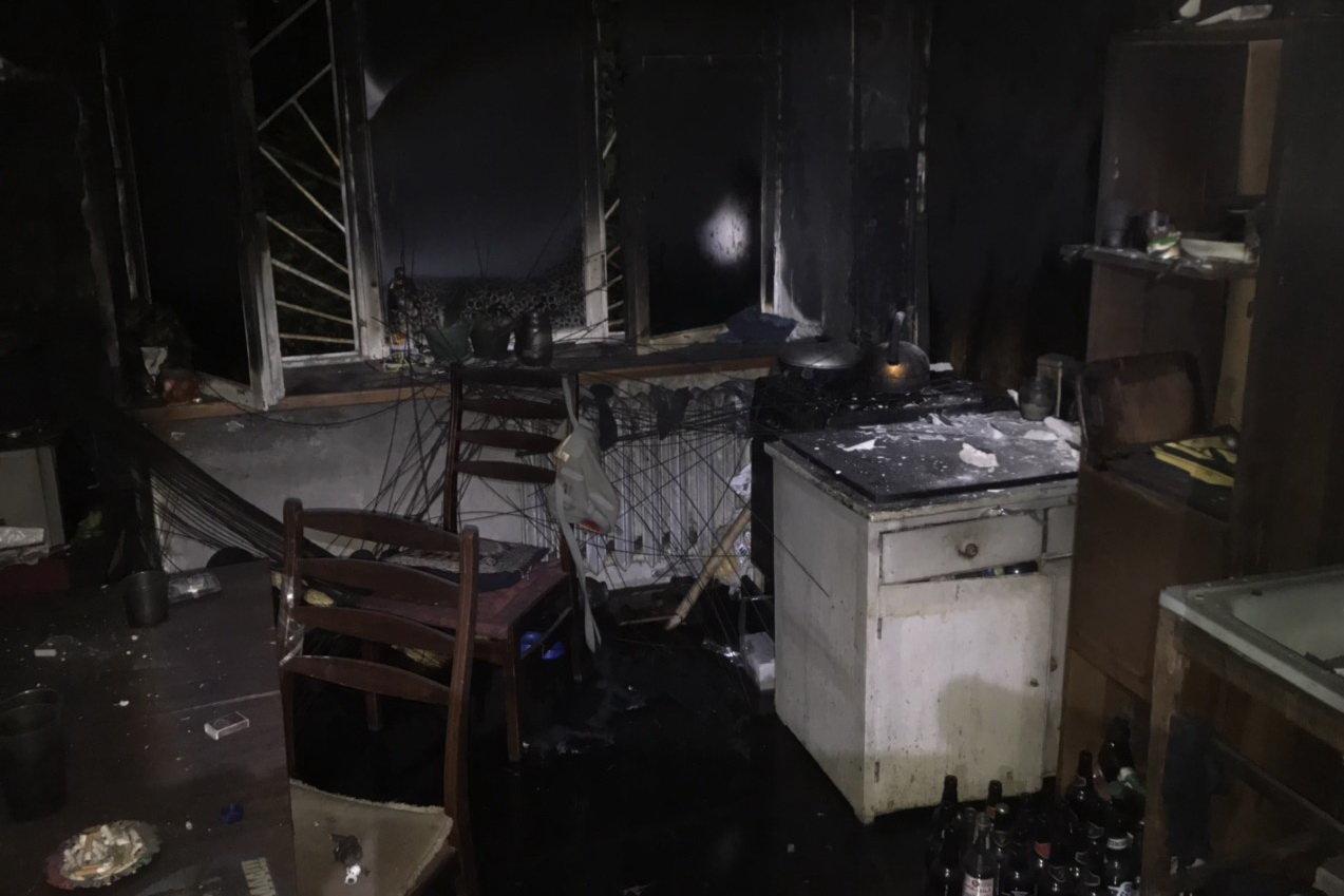 В Харькове горела квартира в «пятиэтажке»: пожарные спасли троих детей, - ФОТО, фото-4