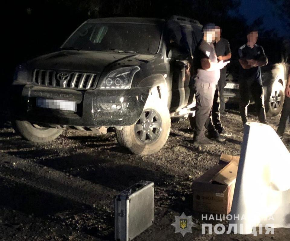 Полиция задержала мужчин, пытавшихся захватить госпредприятие на Харьковщине, - ФОТО, фото-2