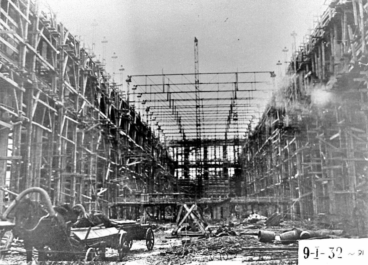 История мощнейшего харьковского завода. От изготовления оружия до восстановления города, - ФОТО, фото-3