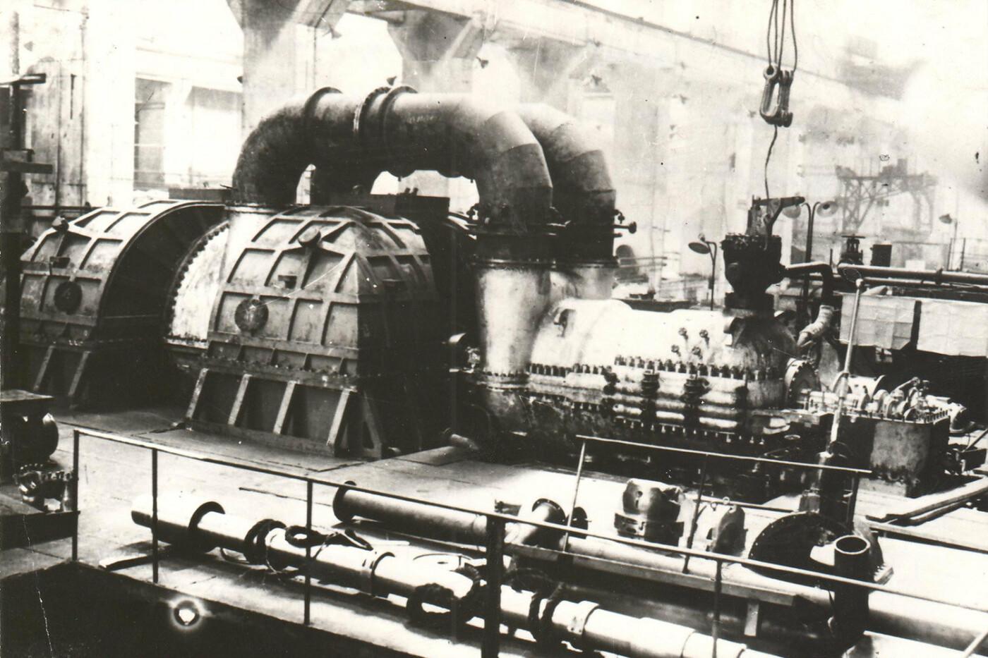 История мощнейшего харьковского завода. От изготовления оружия до восстановления города, - ФОТО, фото-9