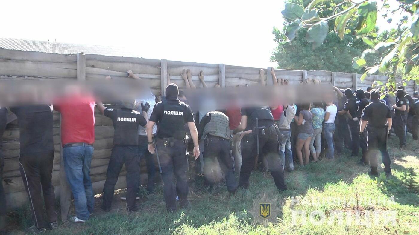 Избиение журналиста под Харьковом: полиция задержала нападавших, - ФОТО, ВИДЕО, фото-1