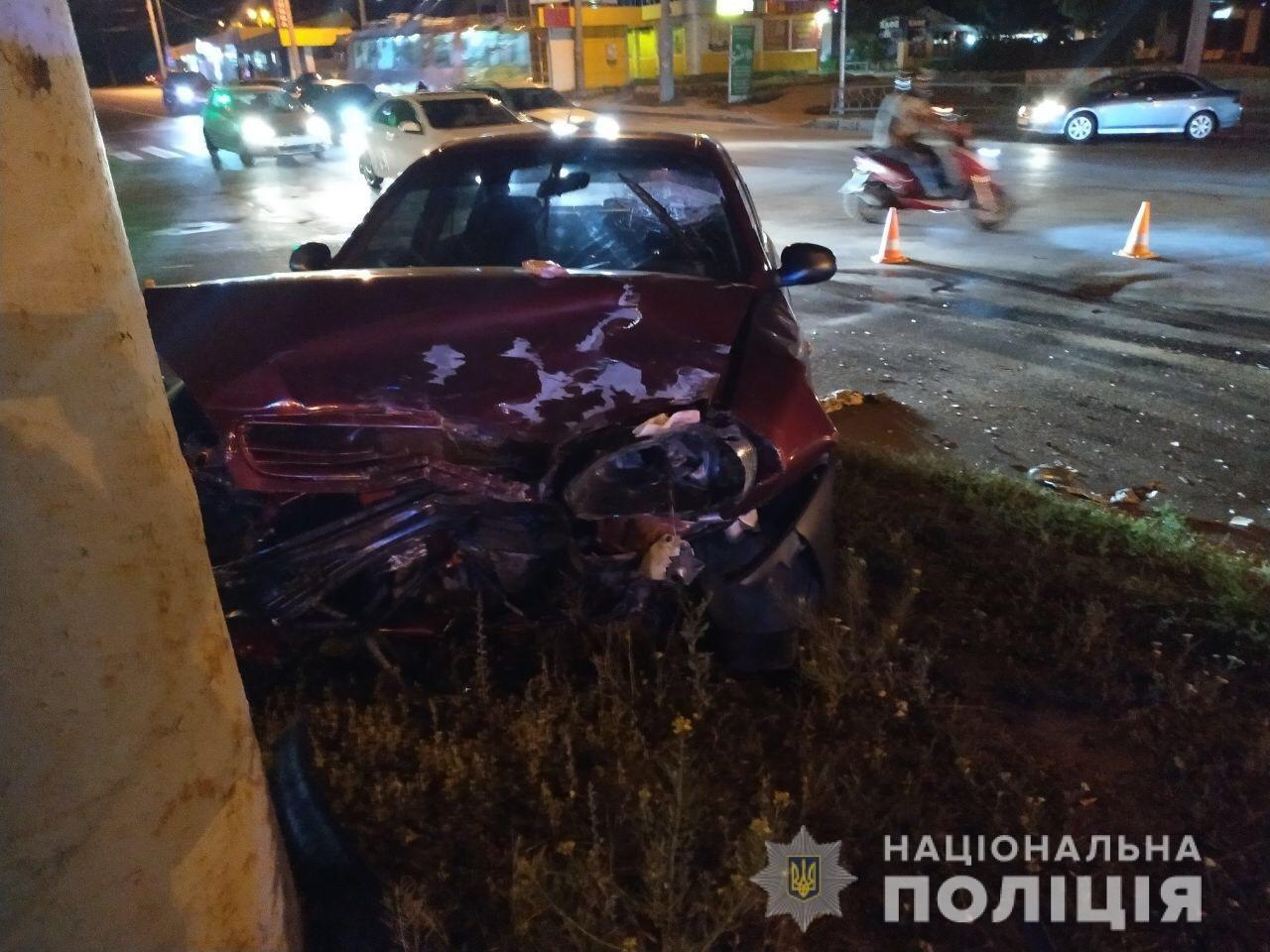 ДТП на Салтовке с пострадавшими: полиция устанавливает причины аварии, - ФОТО, фото-1