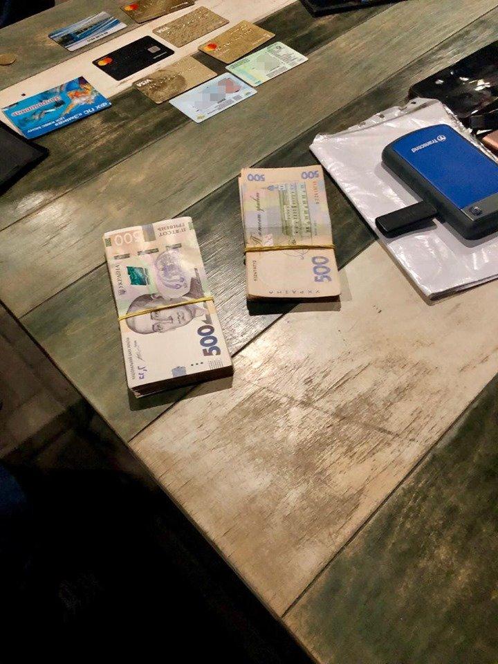 В Харькове СБУ задержала капитана полиции, требовавшего взятку у адвоката, - ФОТО, фото-4
