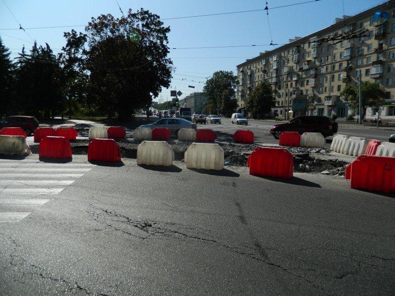 Трамвайные «дрифты» и Москалевка: ТОП-10 разбитых дорог в Харькове, по которым лучше не ездить, - ФОТО, фото-5