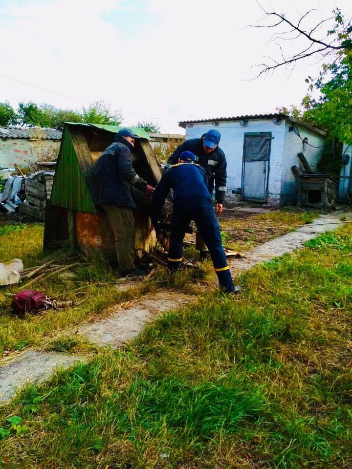 На Харьковщине пожилой мужчина упал в колодец, - ФОТО, фото-2