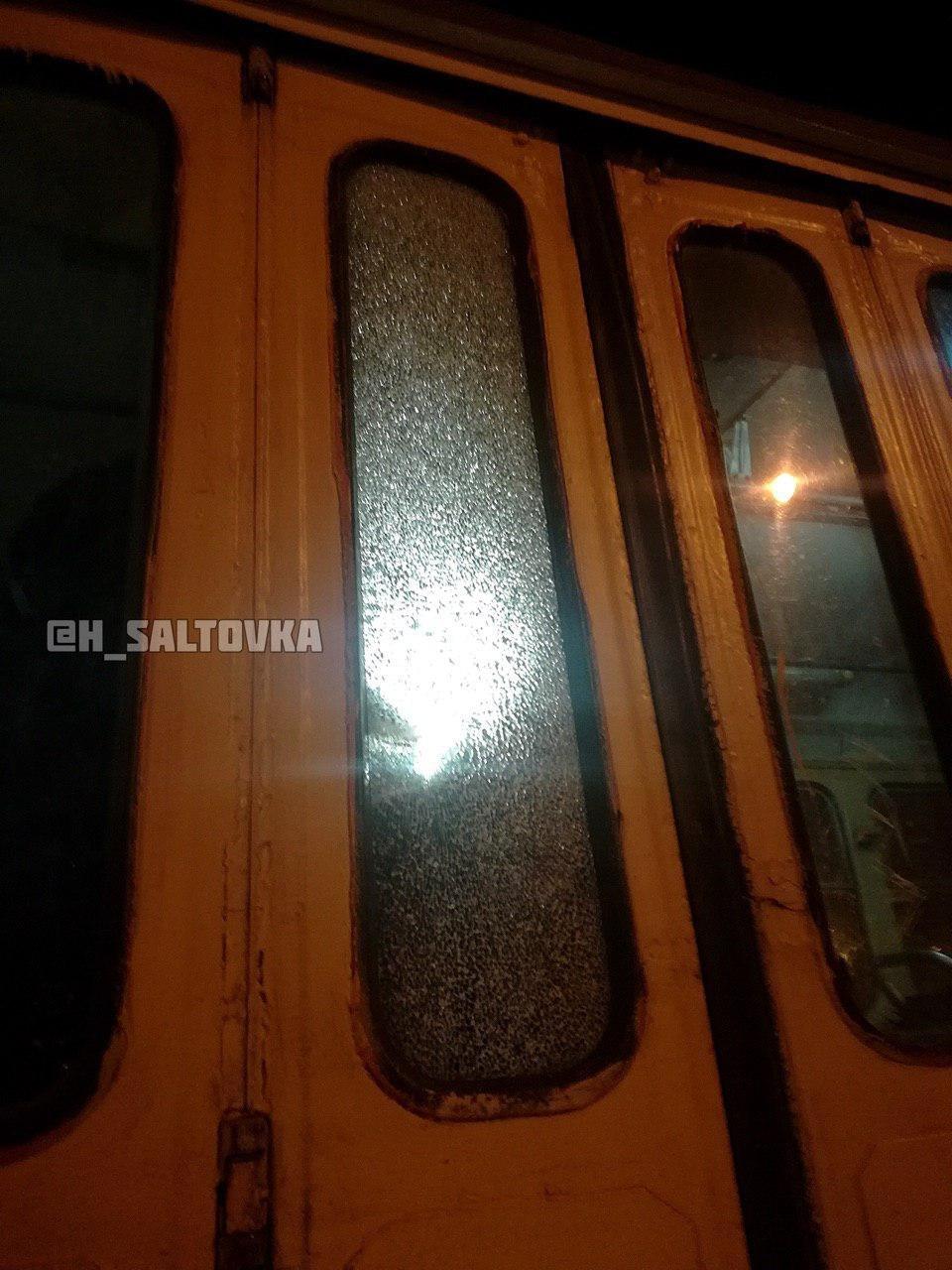 На Тракторостроителей неизвестные обстреляли трамвай, - ФОТО, фото-5
