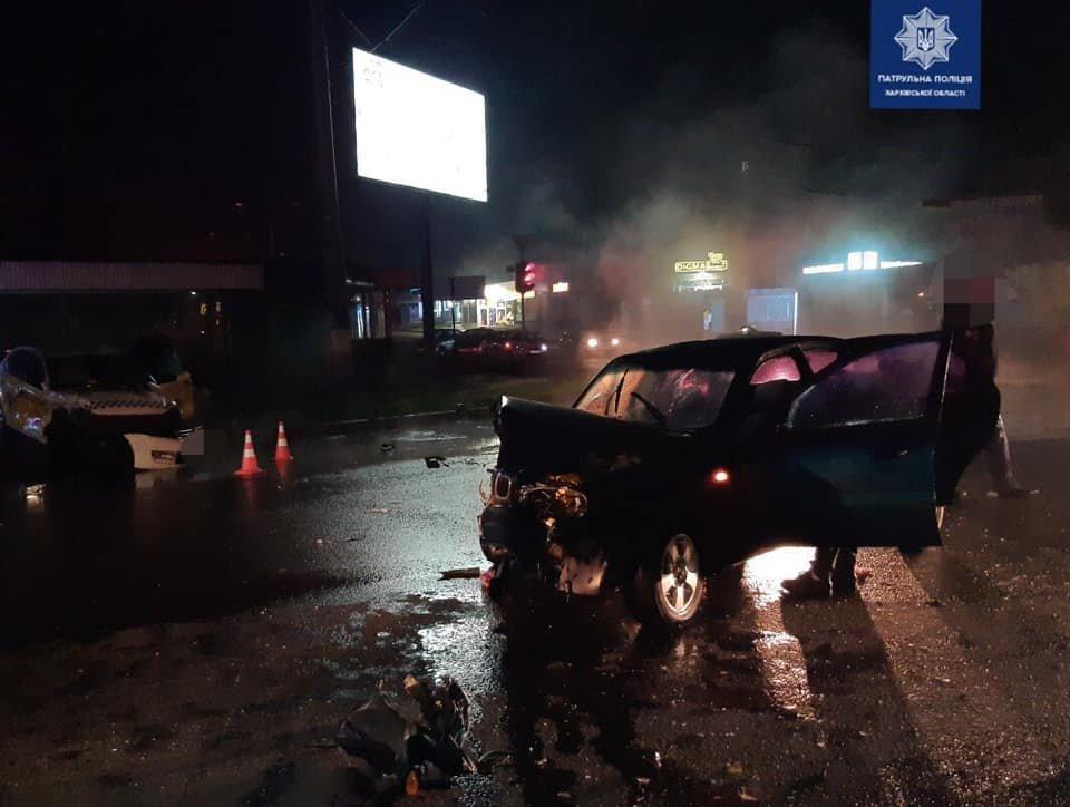 В Харькове «Daewoo» столкнулось с такси: есть пострадавшая, - ФОТО, фото-1